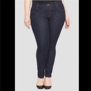 Ava & Viv Plus Size Skinny Jeans Sz 24